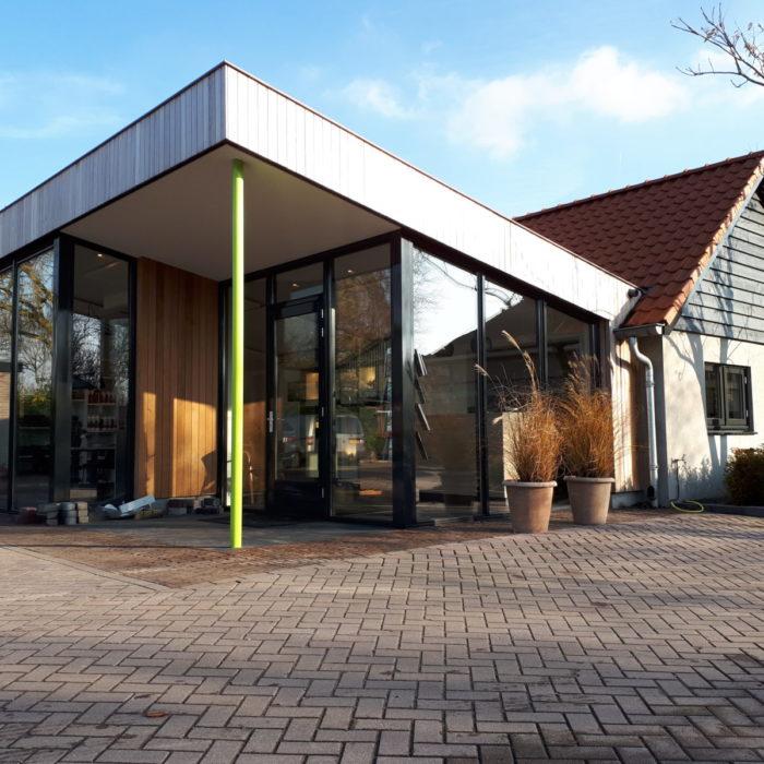 Van den Hoorn Bestratingsmaterialen en Graszodenkwekerij